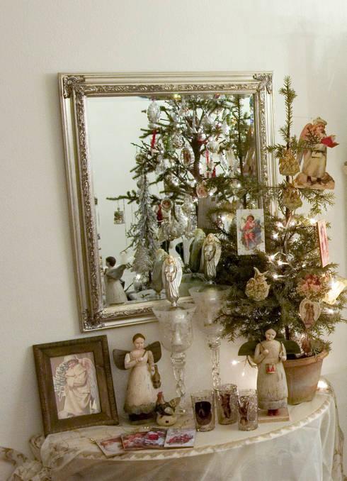 modern Dressing room by info8384