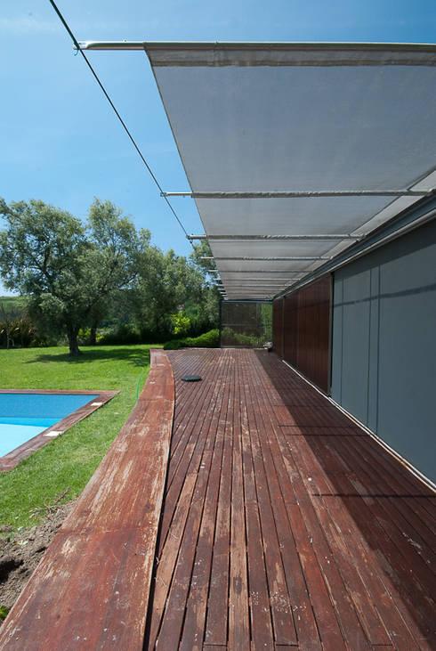 casa em ponte de lima: Casas rústicas por armazenar ideias arquitectos