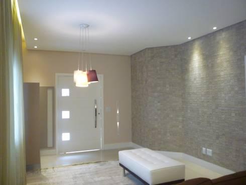 Residência Vale do Paraíba – SP: Salas de estar modernas por ANALU ANDRADE - ARQUITETURA E DESIGN