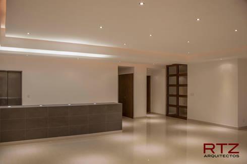 Sala y comedor: Salas de estilo moderno por RTZ-Arquitectos