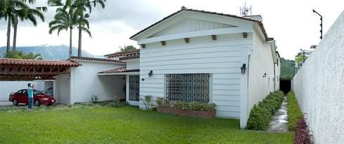 Casa 406_ Situación Inicial:  de estilo  por VODO Arquitectos