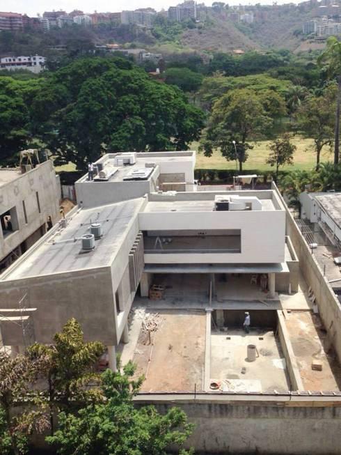 Casa 406 - En Proceso de Construcción: Casas de estilo moderno por VODO Arquitectos