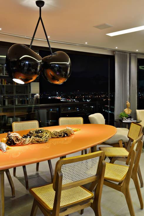 SALA: Salas de jantar modernas por Edílson Campelo Arquitetura