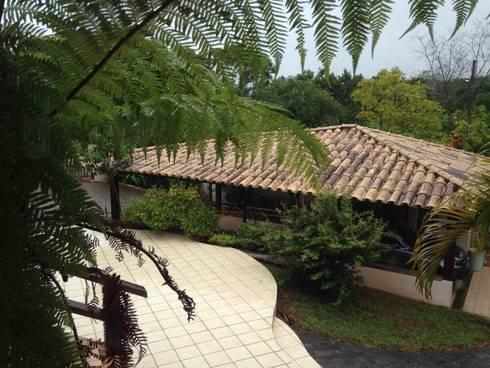 Residência Brasília – DF: Casas campestres por ANALU ANDRADE - ARQUITETURA E DESIGN