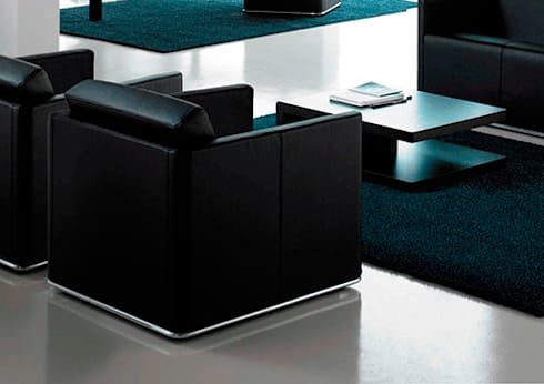 Sofá Glamour – Grassoler: Salas de estilo moderno por Riviera