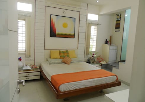 GIRL's ROOM 2: minimalistic Bedroom by VERVE GROUP