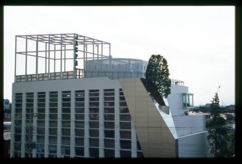 東北外観のディテール: Guen BERTHEAU-SUZUKI  Co.,Ltd.が手掛けたオフィスビルです。