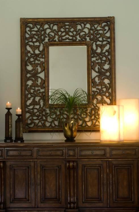 Detalles de decoracion: Vestíbulos, pasillos y escaleras de estilo  por VICTORIA PLASENCIA INTERIORISMO