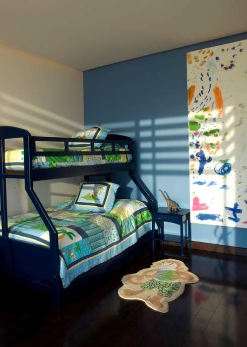 Recamara niños: Habitaciones infantiles de estilo  por VICTORIA PLASENCIA INTERIORISMO