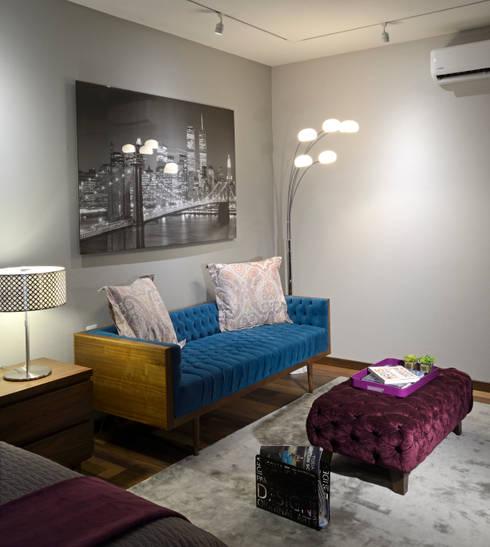 Sala de are de Recamara Juvenil: Salas de estilo moderno por VICTORIA PLASENCIA INTERIORISMO