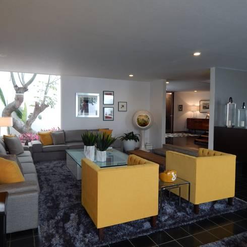 Sala: Salas de estilo ecléctico por VICTORIA PLASENCIA INTERIORISMO
