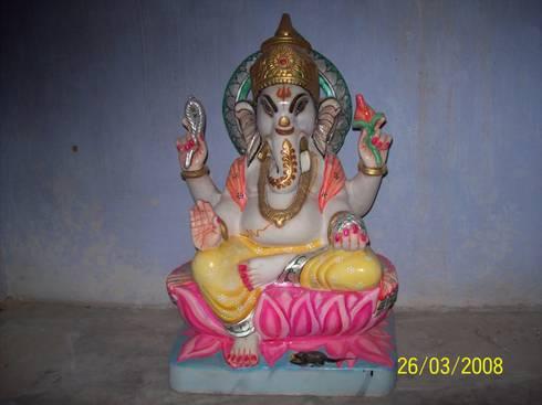 Beautiful Painted Marble Ganesha:  Garden  by Vinod Murti Museum