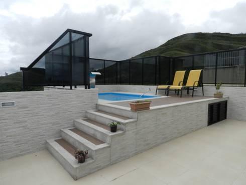 Depois: Piscina mais agradável:   por Solange Figueiredo - ALLS Arquitetura e engenharia