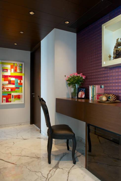 SM Apartment : modern Study/office by KdnD Studio LLP