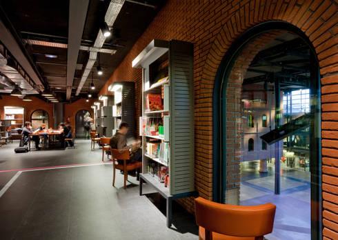 Alhóndiga Bilbao - Bilbao - Espanha: Escritório  por iduna