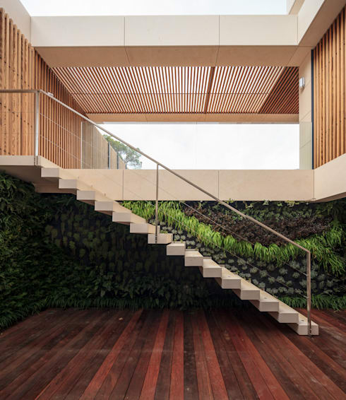 by LC Vertical Gardens
