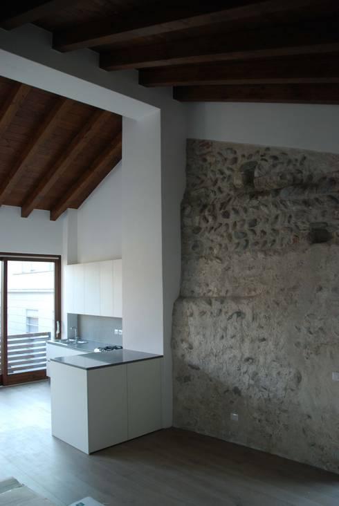 Restauro conservativo castello di ranica di studio ral3020 for Restauro conservativo