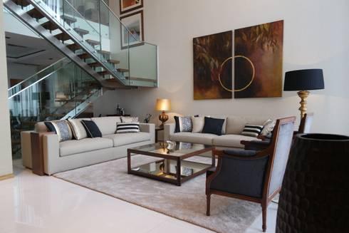 Sala Comum - zona de estar: Salas de estar clássicas por Stoc Casa Interiores