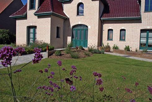 Jardin de 750m arleux en gohelle 62 por rvb paysage for Amenagement jardin 800m2