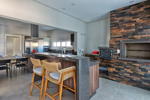 RMS: Cozinhas modernas por Angelica Pecego Arquitetura