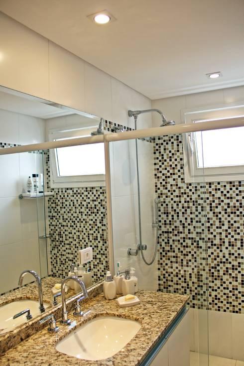 RRT: Banheiros ecléticos por Angelica Pecego Arquitetura