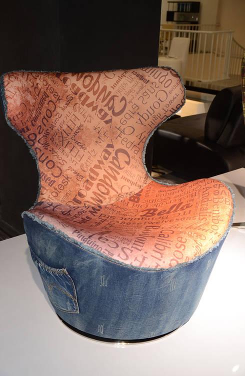 Gllamor Designer chair: modern Dining room by Gllamor