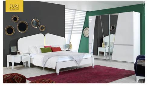 Gllamor Duru Bedroom: modern Bedroom by Gllamor