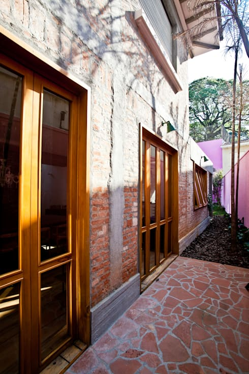 Casas de estilo moderno por Estúdio Paulo Alves