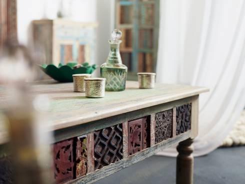 m bel aus alten schnitzleisten geb udeteilen und recyeltem holz von indien haus homify. Black Bedroom Furniture Sets. Home Design Ideas