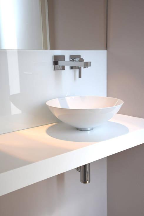 Badkamer door Marcus Hofbauer Architekt