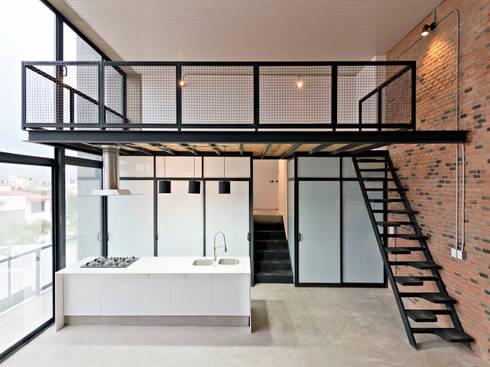 Interior 1: Cocina de estilo  por Proyecto Cafeina