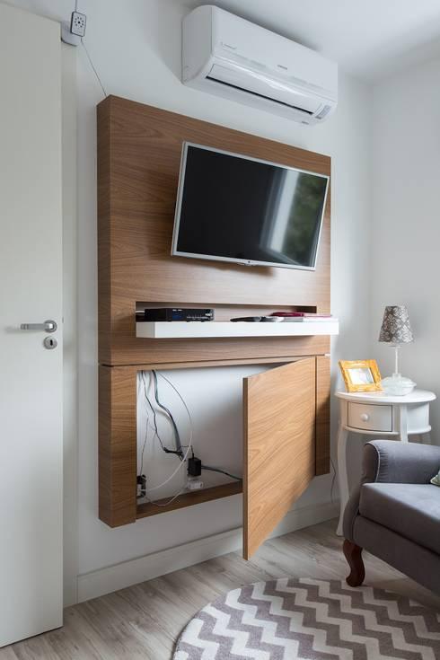 Projekty,  Sypialnia zaprojektowane przez Kali Arquitetura