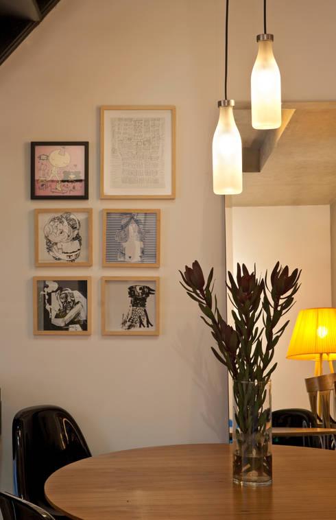 Loft Funcionários: Salas de estar modernas por Dubal Arquitetura e Design