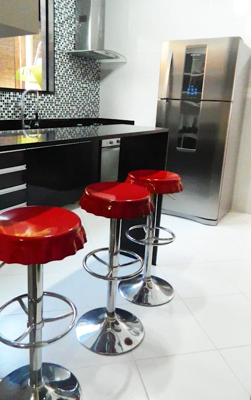 Cozinha Moderna: Cozinhas modernas por Millena Miranda Arquitetura