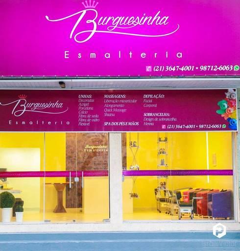 Burguesinha Esmalteria : Lojas e imóveis comerciais  por Millena Miranda Arquitetura