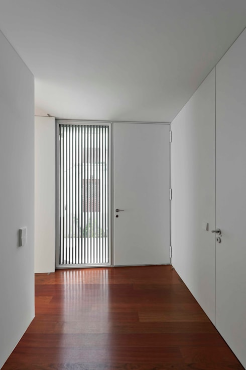 Windows by Jorge Domingues Arquitectos