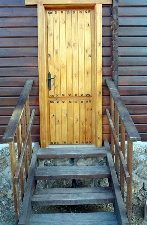 Casas de madera de estilo  por Dimumarco SLU