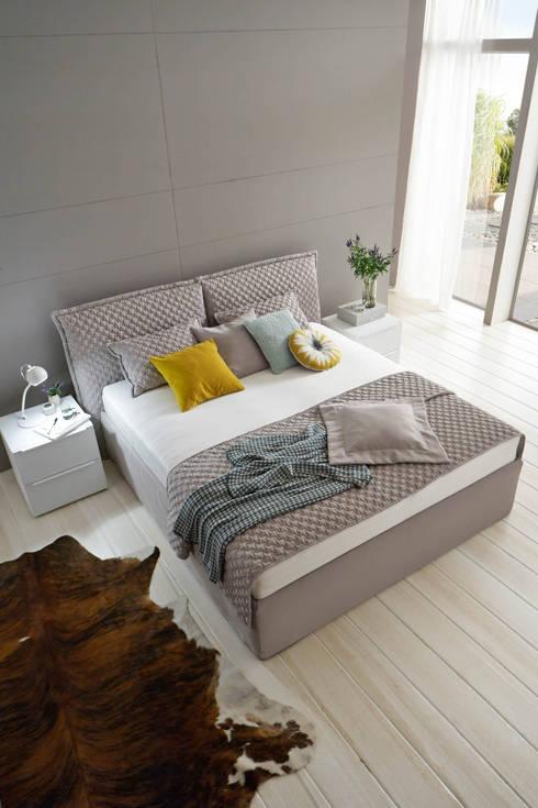 Bedroom by Möbel Röthing - ...wir machen Zuhause