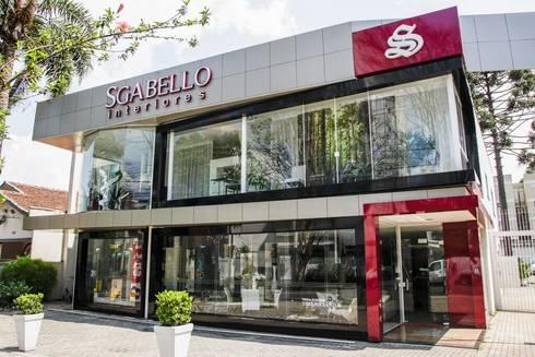 Fachada loja por sgabello interiores homify for Fachadas de restaurantes modernos
