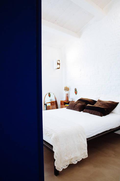 Bedroom by Ossigeno Architettura