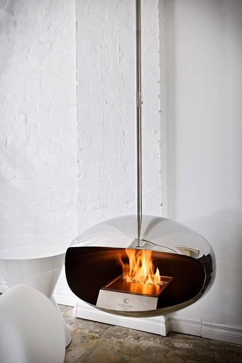 chemin e bio ethanol suspendue aeris cocoon fires par. Black Bedroom Furniture Sets. Home Design Ideas