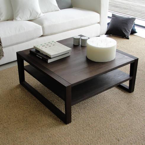 Mesa de Centro Frame: Sala de estar  por Boa Safra