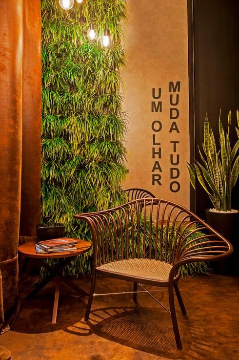 Fachada, Bilheteria e Lounge Casa Cor 2013: Espaços comerciais  por Saad.Ribeiro Arquitetura e Interiores