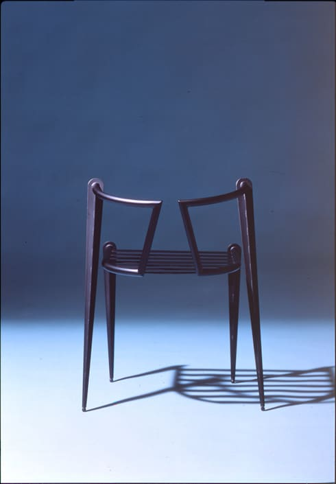 Wolf chair: Guen BERTHEAU-SUZUKI  Co.,Ltd.が手掛けたオフィス&店です。