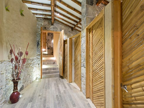 Spa 1: Spa de estilo rústico por Komoni Arquitectos