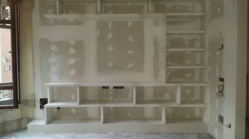 Mueble en sal n con estanterias de escayola de escayolas colunga homify - Estanterias de escayola ...