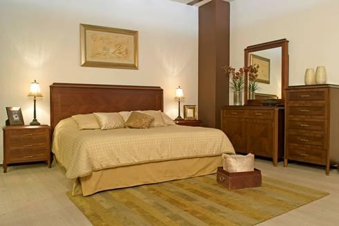 Recámara Lugo: Recámaras de estilo clásico por Muebles Maple