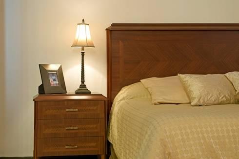Línea Clásica: Recámaras de estilo clásico por Muebles Maple