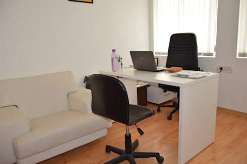 Matrix Direct Communications:  Office buildings by RTA SOLUTIONS LLP (Mumbai & Pune)