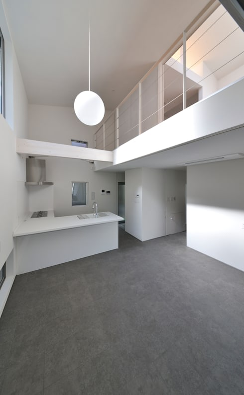 鳴滝の住居: carve.建築設計が手掛けたキッチンです。